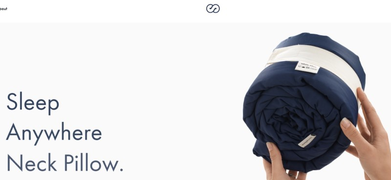 screenshot of the inifity pillow website featuring a blue infinity pillow